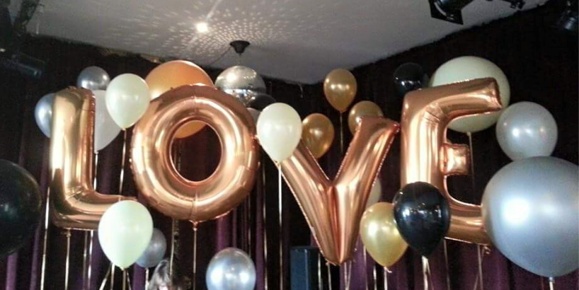 LOVE in balloons