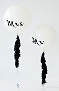 90cm round balloons printed with Mr and Mrs