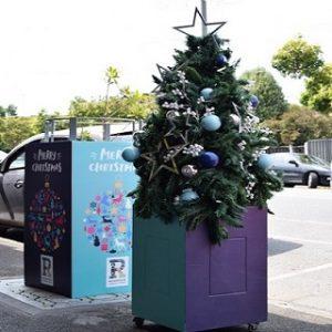 Street Christmas tree