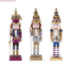 3 Decorative nutcracker solider standing