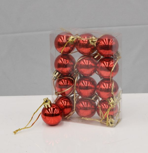 2cm Red baubles in pack