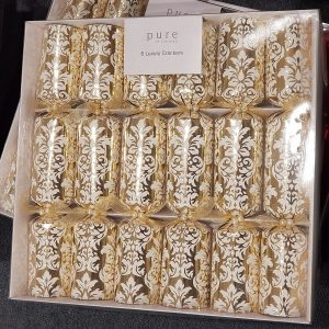 Gold floral pattern Christmas crackers