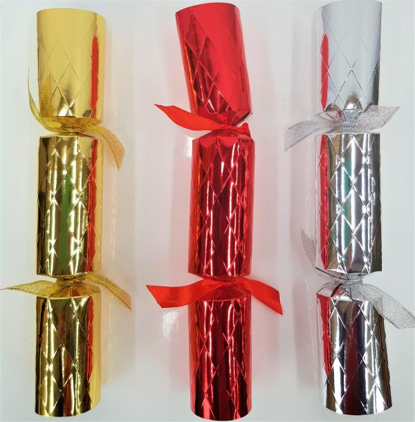 Bulk boxes of 50 Christmas crackers
