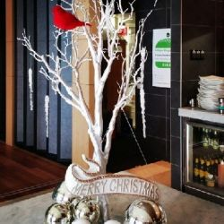 103 CENTREPIECE Branch Tree/ Baubles